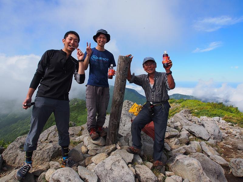 8月25日、法起坊見習いさんと積丹岳-その2-_f0138096_9544855.jpg