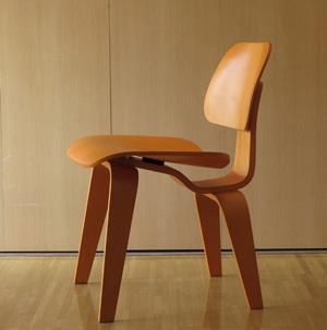イームズの椅子が届いた!_b0194208_13102698.jpg