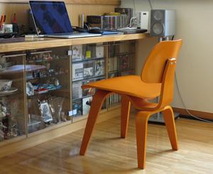 イームズの椅子が届いた!_b0194208_1310447.jpg