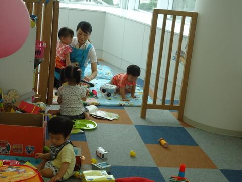 第2回「ママのヨガ教室」_b0228113_13591255.jpg
