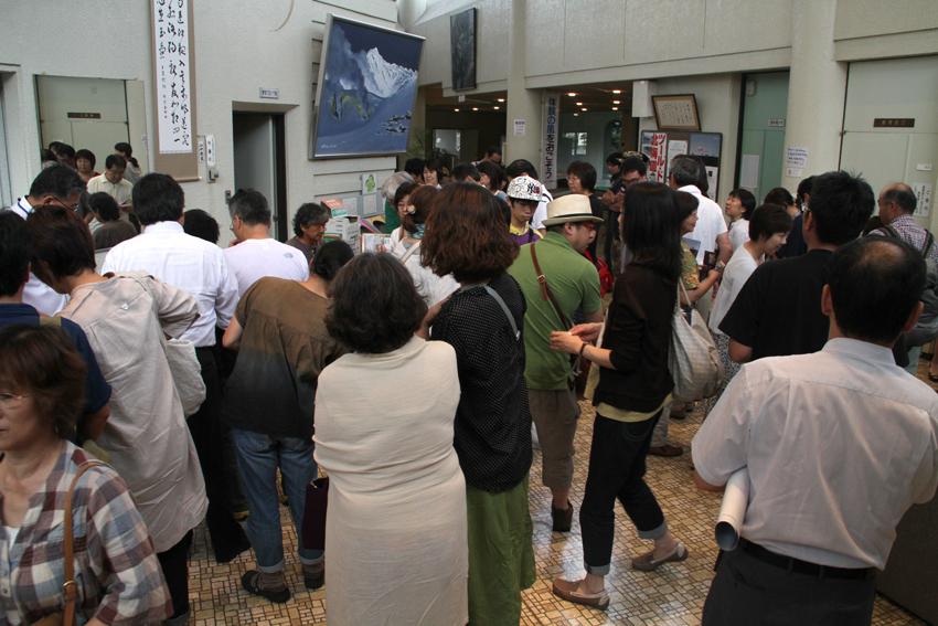 椎名誠氏による講演会が写真の町・東川町で行われました!_b0187229_1152748.jpg