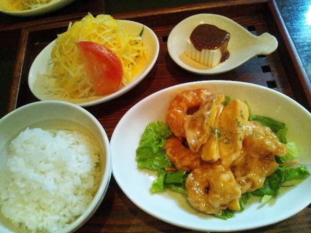 お昼ご飯_e0068732_1744624.jpg