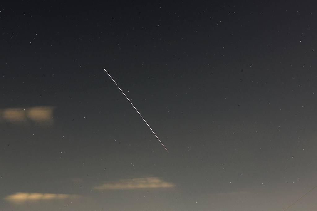 昨夕のカワセミ/国際宇宙ステーション/真っ赤な朝焼け_b0024798_1414829.jpg