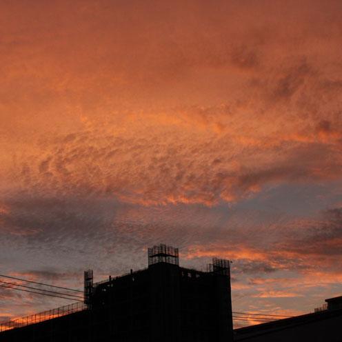たまには空を見上げて・・・_d0221436_1914374.jpg