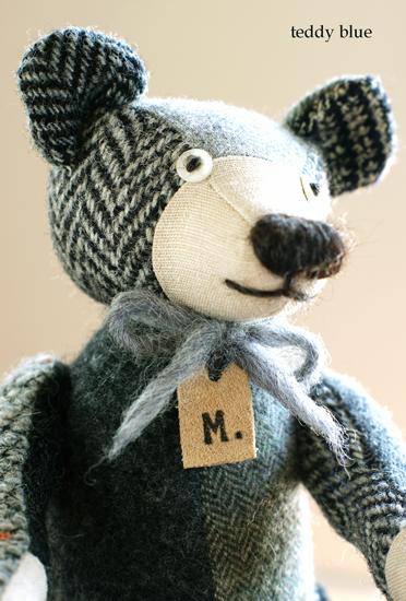 tweedy gray teddy  ツイーディグレイのテディ _e0253364_1682164.jpg