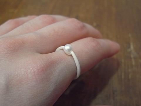simmonのリングを着けてみましたヨ_c0176078_14364211.jpg