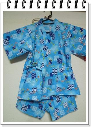 久しぶりに人間の?子供服を作りました_b0175688_12342830.jpg