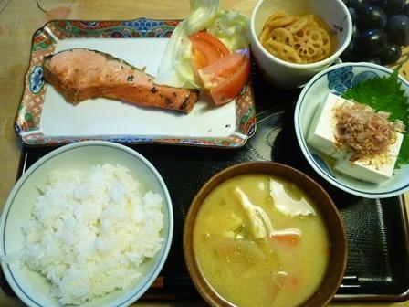 あまりに暑いので、食事もさっぱりシンプルに_b0175688_21105532.jpg