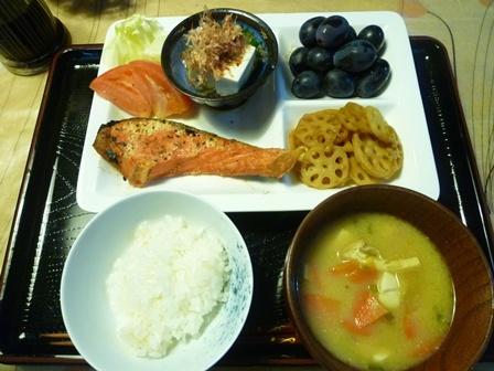 あまりに暑いので、食事もさっぱりシンプルに_b0175688_21124530.jpg