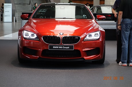 BMW Welt_a0152501_18134826.jpg