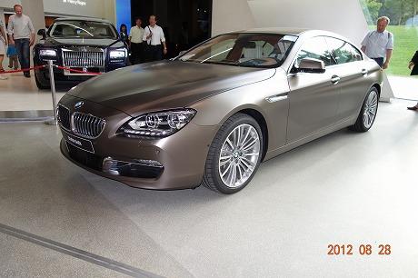 BMW Welt_a0152501_1820011.jpg