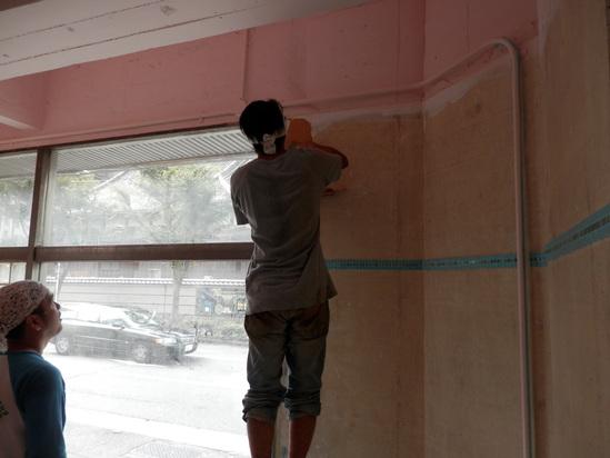 「土壁」塗りと「神棚」~☆_a0125419_7585325.jpg