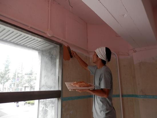 「土壁」塗りと「神棚」~☆_a0125419_7593333.jpg