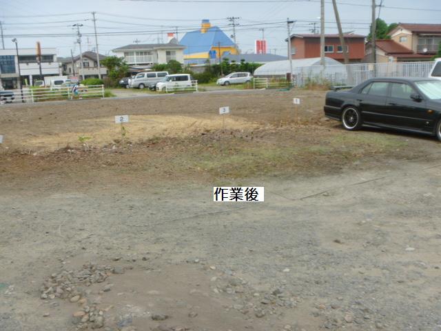駐車場草刈り_c0186441_22274825.jpg