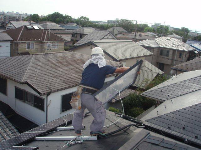 Panasonic太陽光発電4.893kw 2日目-1(横浜市)_e0207151_21201339.jpg