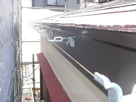 新築のような美しさ 外壁塗装(ASTEC) 進行中! 越谷S様邸_a0229594_20313784.jpg