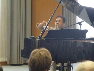 ピアノと歌のコンサート<アクティブライフ箕面>_c0107602_11235662.jpg