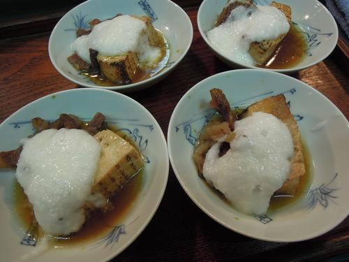 牛肉と焼き豆腐のすき焼き煮 とろろかけ_e0116211_1014849.jpg