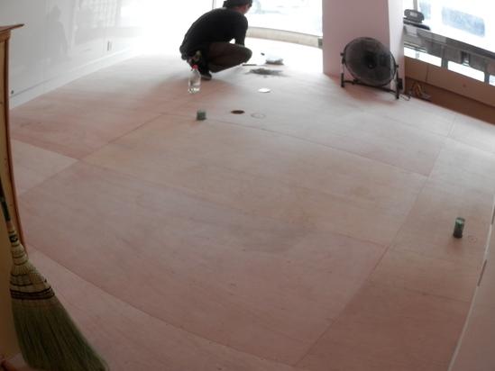 「土壁」塗りと「キッチンシート」☆_a0125419_8121691.jpg