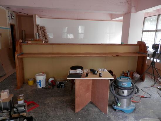 「土壁」塗りと「キッチンシート」☆_a0125419_8184865.jpg
