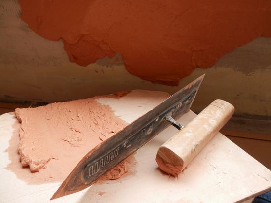 「土壁」塗りと「キッチンシート」☆_a0125419_8322644.jpg