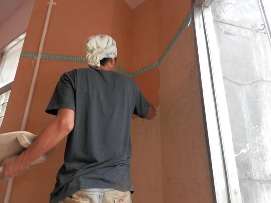 「土壁」塗りと「キッチンシート」☆_a0125419_8325252.jpg