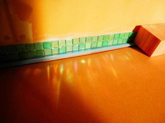 「土壁」塗りと「キッチンシート」☆_a0125419_8495058.jpg