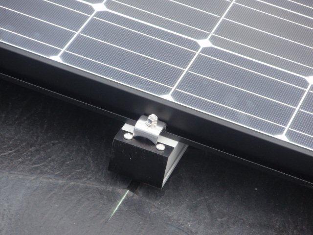 Panasonic太陽光発電4.893kw2日目-2(横浜市)_e0207151_17503152.jpg