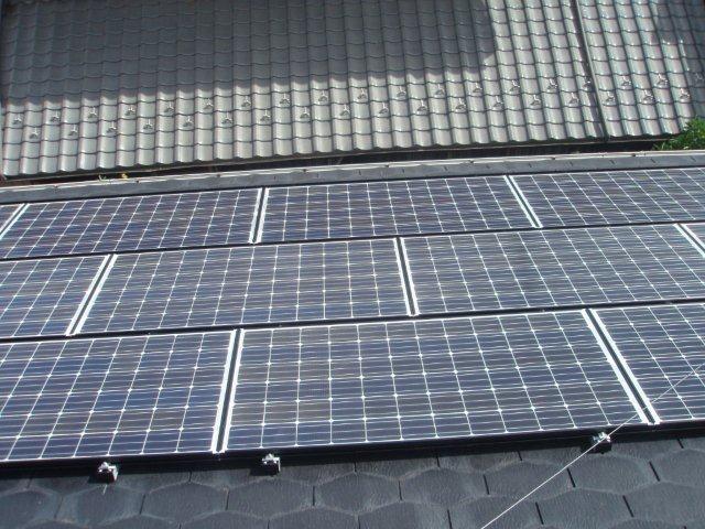 Panasonic太陽光発電4.893kw2日目-2(横浜市)_e0207151_1823231.jpg