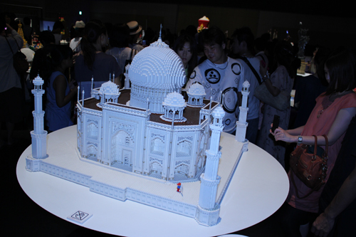 PIECE of PEACE - World Heritage Exhibit Built with LEGO in Dojima River Forum_a0004752_1118519.jpg