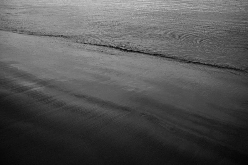 波打ち際で_f0137354_21153166.jpg