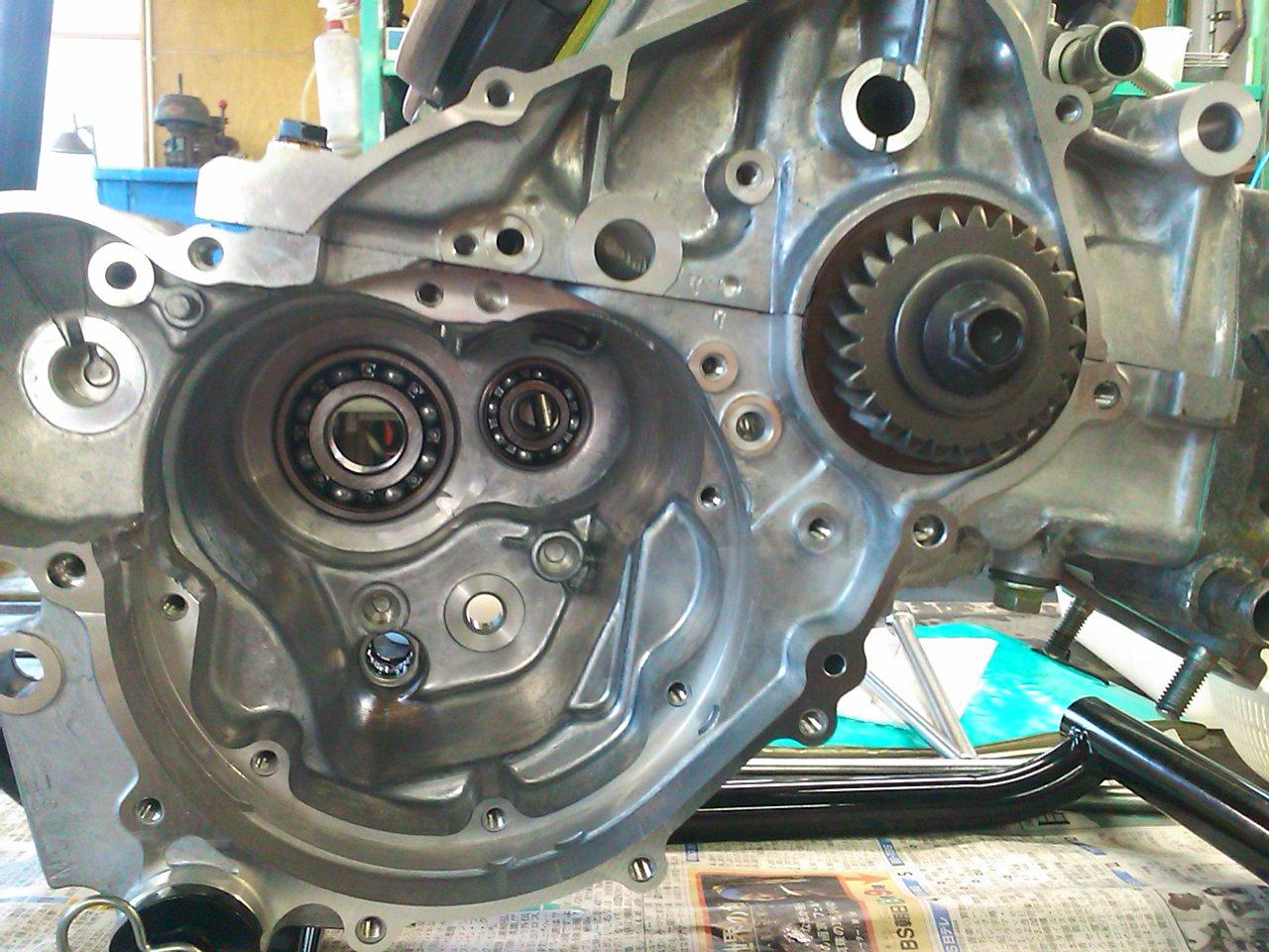 NSR250エンジン組み上げ!!_e0114857_2141174.jpg