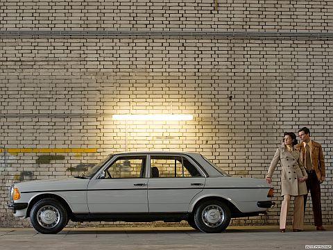 ベンツ W123磨き作業_a0257092_19594593.jpg