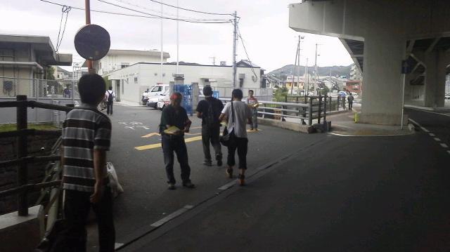JR西日本下関総合車両所に朝ビラ!_d0155415_17391137.jpg