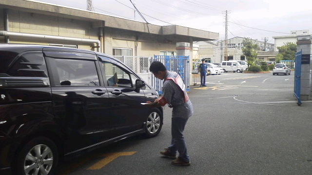 JR西日本下関総合車両所に朝ビラ!_d0155415_1739132.jpg