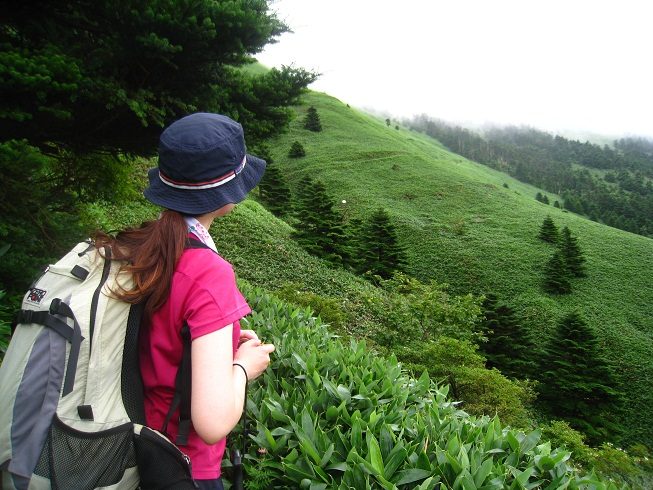 西日本最高峰「石鎚山」へ_d0110519_1435041.jpg