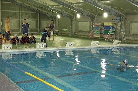 着衣泳体験会_d0010630_13375648.jpg