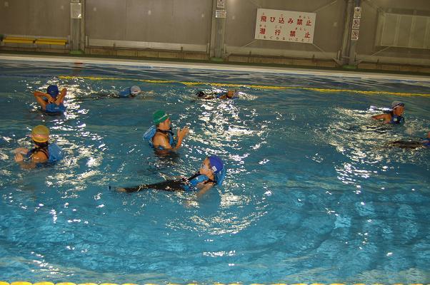 着衣泳体験会_d0010630_13503266.jpg
