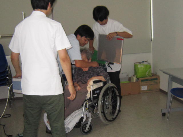 健康診断_a0158095_14184211.jpg