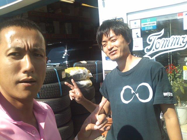 ランクル TOMMY札幌店☆9月2日!!_b0127002_2328561.jpg