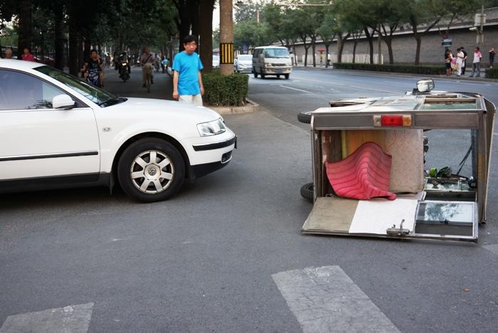 北京の交通事故_c0182775_16273064.jpg