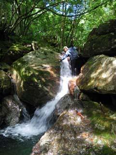明石谷支流ナラ谷大滝から明石1141.3m_a0133014_18124399.jpg