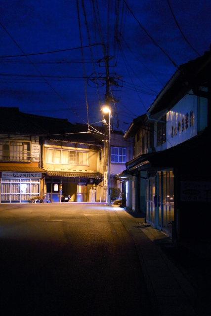 出雲市大社町  門前町の夜更け_b0061717_043241.jpg