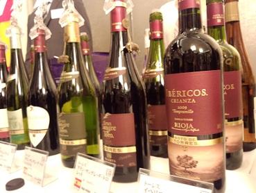朝から〝ワイン三昧〟???_a0254125_21301558.jpg