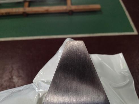板厚のヘアライン研磨_d0085634_13375849.jpg