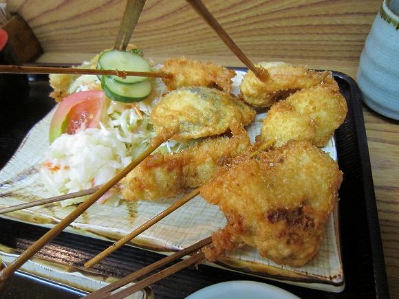 串乃助 / 本当に美味い串カツ_e0209787_13254392.jpg