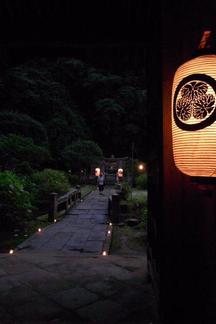 松江市  月照寺(げっしょうじ)、万灯会(まんとうえ)迎え火_b0061717_230478.jpg