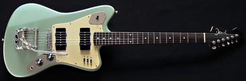 ビザール感漂う「Deimel GuitarworksのFireStar」。_e0053731_1959791.jpg