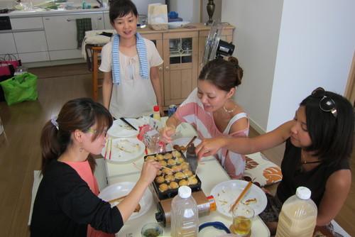 we love takoyaki !_c0153966_17142058.jpg