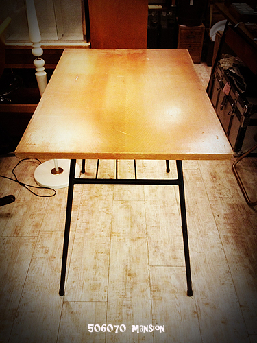 鉄脚テーブル_e0243096_12435331.jpg